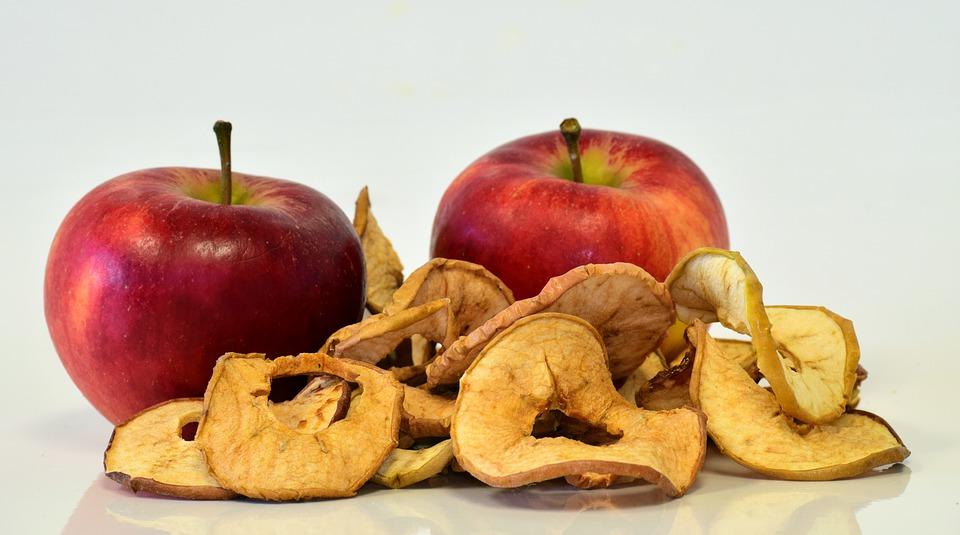 Сушёные и свежие яблоки